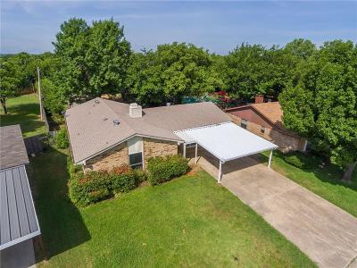 Watauga Single Family Home For Sale: 5913 Stardust Drive S