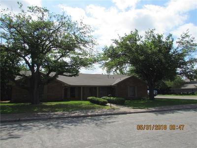Dallas Multi Family Home For Sale: 14706 Overview Drive