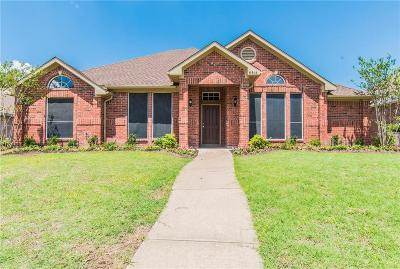 Rowlett Single Family Home For Sale: 6614 Stamps Street