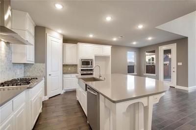 Lantana Single Family Home For Sale: 9012 Violet Drive