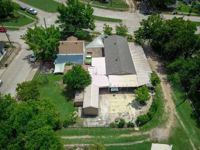 Dallas Single Family Home For Sale: 3241 Bataan Street