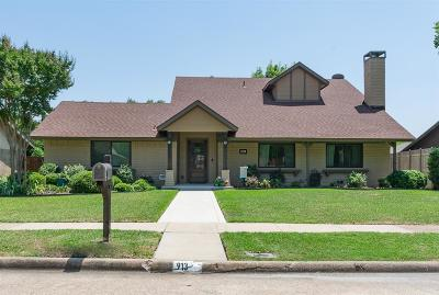Richardson Single Family Home For Sale: 913 Firestone Lane