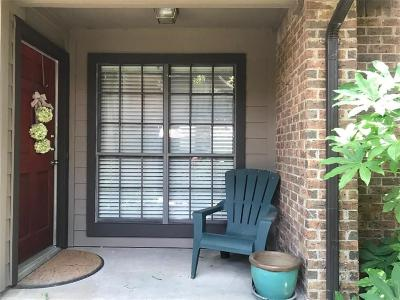 Dallas, Fort Worth Townhouse For Sale: 9910 Royal Lane #1304