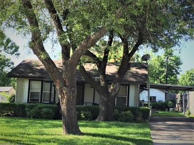 Rowlett Single Family Home For Sale: 3702 Christine Street