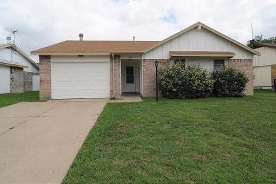 North Richland Hills Residential Lease For Lease: 7017 Southampton Drive