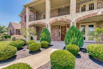 Lucas Single Family Home For Sale: 425 Pennington Drive