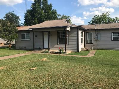 Bridgeport Single Family Home For Sale: 1102 Carpenter Street