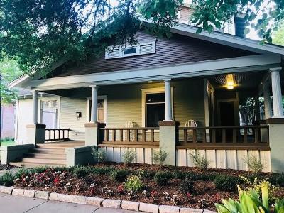 Ennis Single Family Home For Sale: 708 N McKinney Street