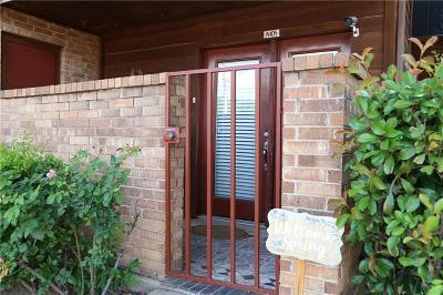 Arlington Condo For Sale: 2300 Bamboo Drive #N105