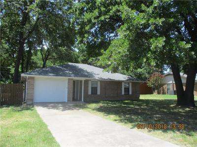 Azle Residential Lease For Lease: 409 Walnut Creek Drive