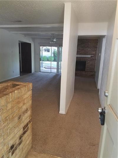 Grapevine Residential Lease For Lease: 1215 Valley Vista Drive