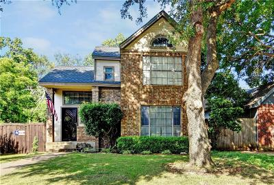 Dallas Single Family Home For Sale: 10451 Woodleaf Drive