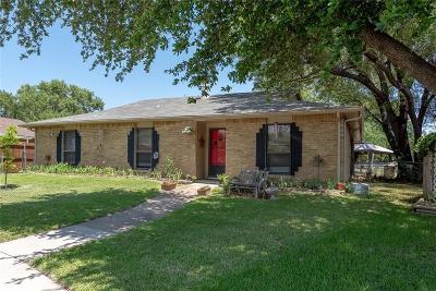 Rowlett Single Family Home Active Option Contract: 5901 Cedar Lane