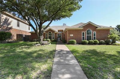 Keller Single Family Home For Sale: 637 Cedarwood Drive