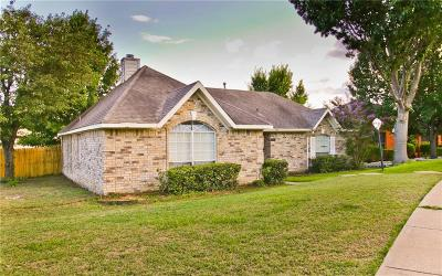 Garland Single Family Home For Sale: 4310 Crystal Lane