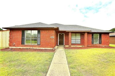 Garland Single Family Home For Sale: 3121 Andrea Lane