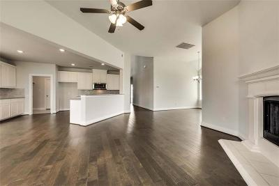 Aubrey Single Family Home For Sale: 805 Nathanael Greene Court