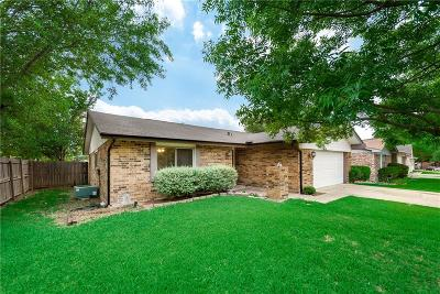 Mesquite Single Family Home For Sale: 1523 Roundrock Trail