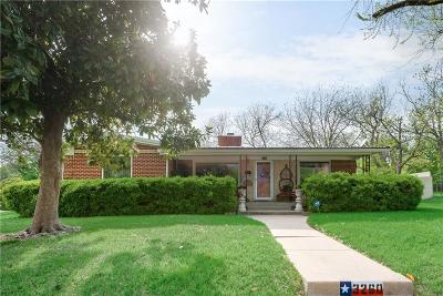 Fort Worth Single Family Home For Sale: 3260 Bigham Boulevard