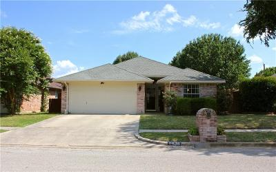 North Richland Hills Single Family Home For Sale: 8436 Ruthette Drive