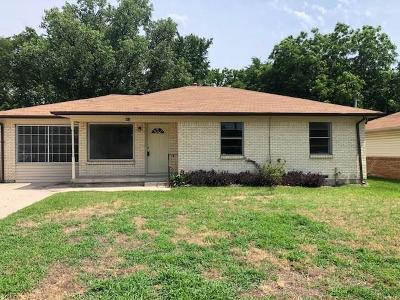 Mesquite Single Family Home Active Option Contract: 805 Cedar Drive