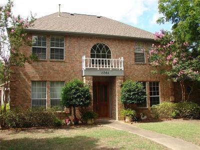 Cedar Hill Single Family Home For Sale: 1701 Cedar Cove Circle