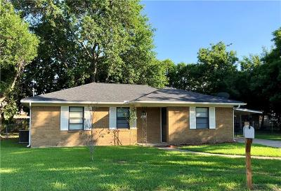 Ennis Single Family Home Active Option Contract: 1211 Winkler Street