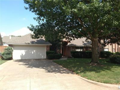 Grapevine Single Family Home For Sale: 4233 Rustic Drive