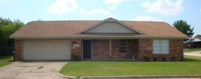 Navarro County Single Family Home For Sale: 1801 Dogwood Trail