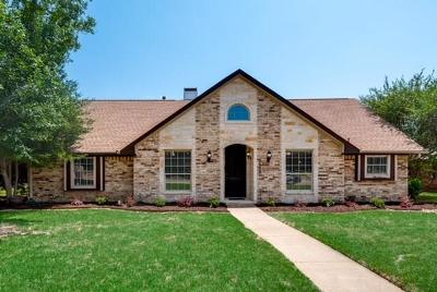 Carrollton Single Family Home Active Contingent: 2604 Dove Creek Lane