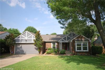 Grapevine Single Family Home Active Option Contract: 553 Yellowstone Drive