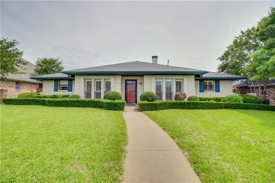 Single Family Home For Sale: 9735 Amberley Drive
