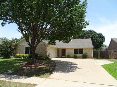 Euless Residential Lease For Lease: 2606 Sprucewood Lane