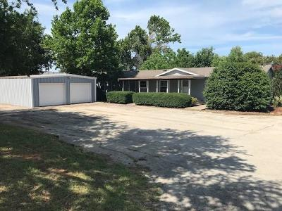 Weatherford Single Family Home For Sale: 204 A Dennis Road