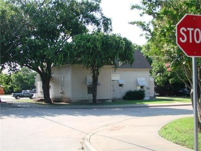 McKinney Multi Family Home For Sale: 302 E Standifer Street