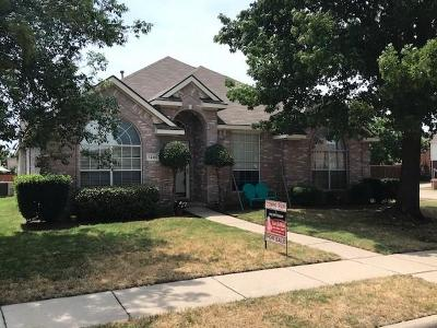 Lewisville Single Family Home For Sale: 1240 Courtney Lane