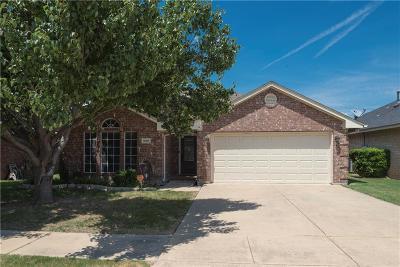 Saginaw Single Family Home For Sale: 1036 Sagewood Lane