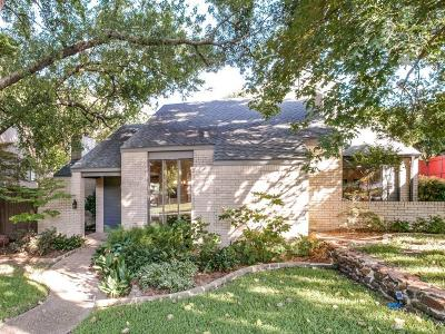 Single Family Home For Sale: 909 Easton Place