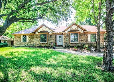 Keller Single Family Home For Sale: 305 Shawnee Trail