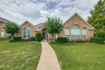 Rowlett Single Family Home For Sale: 1910 Walnut Hill Drive