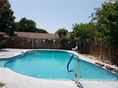 Saginaw Single Family Home For Sale: 708 N Ridgecrest Drive N