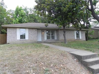 Cedar Hill Single Family Home For Sale: 810 Kathrine Court