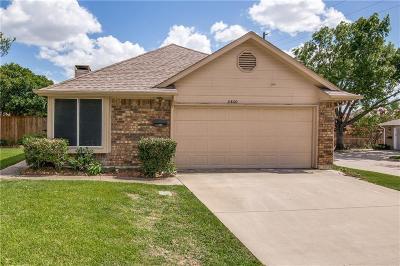 Carrollton Single Family Home For Sale: 2800 Country Villa Circle