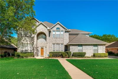 Grand Prairie Single Family Home For Sale: 23 Heritage Court