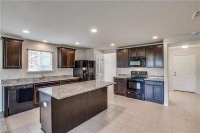 Little Elm Single Family Home For Sale: 1812 Christopher Creek Drive