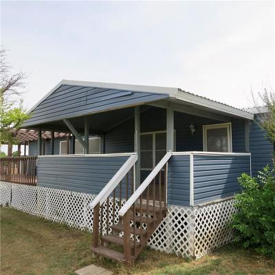 Rhome TX Single Family Home Active Option Contract: $171,500
