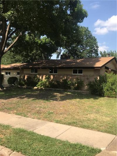 Irving Single Family Home For Sale: 3718 Devonshire Court E