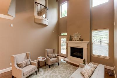 Grapevine Townhouse Active Option Contract: 4637 Trevor Trail