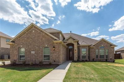 Kennedale Single Family Home For Sale: 315 Silver Oak Trail