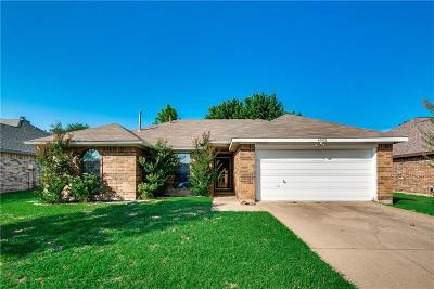 Rowlett Single Family Home Active Option Contract: 6502 Rosebud Drive